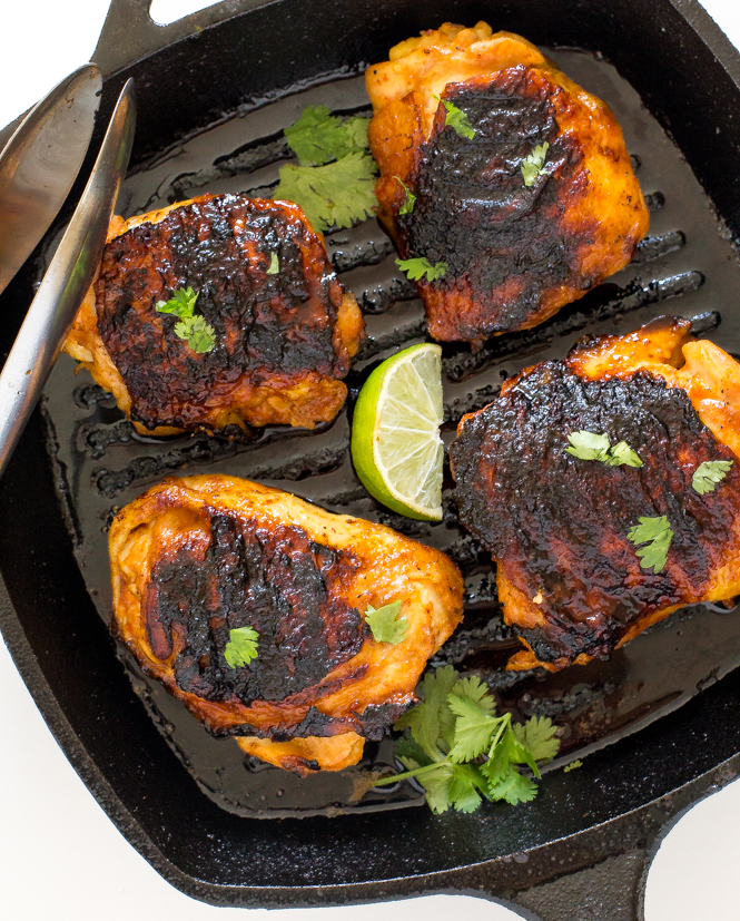20-minute-sriracha-chicken-thighs