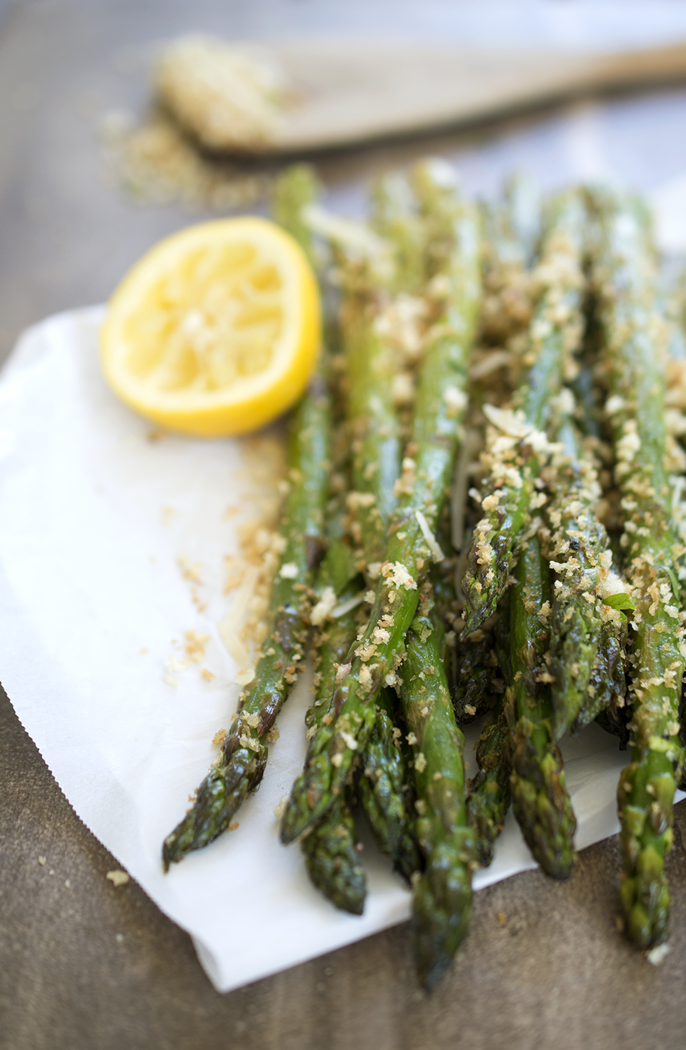 Roasted asparagus with garlic breadcrumbs roasted asparagus with lemon ccuart Choice Image