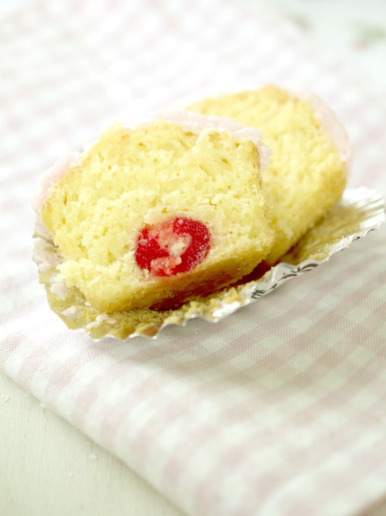 marashino cherry cupcakes