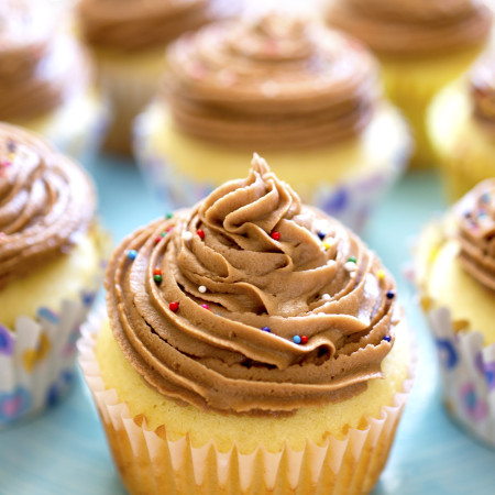 Yellow Cupcakes With Nutella Buttercream
