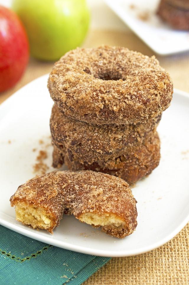 Homemade Apple Cider Doughnuts | chefsavvy.com