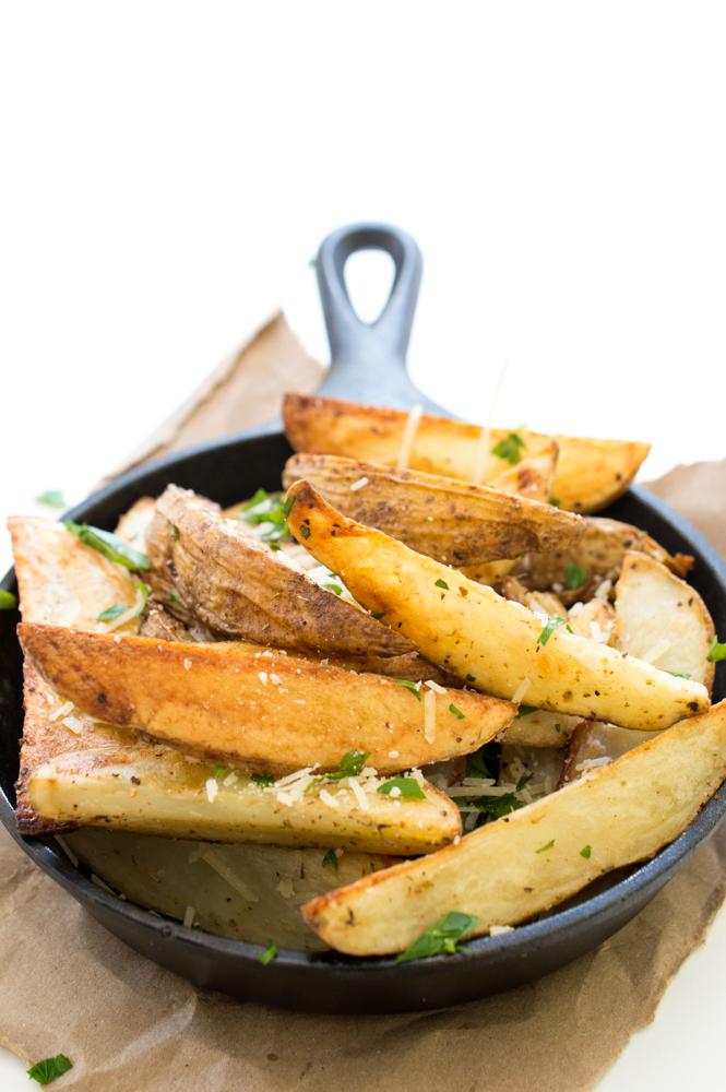 Baked Parmesan Potato Wedges | chefsavvy.com #recipe #wedges #side #potato