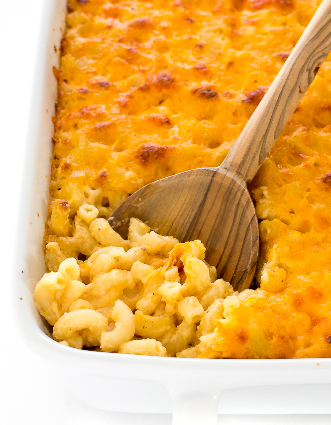 Baked Macaroni and Cheese | chefsavvy.com