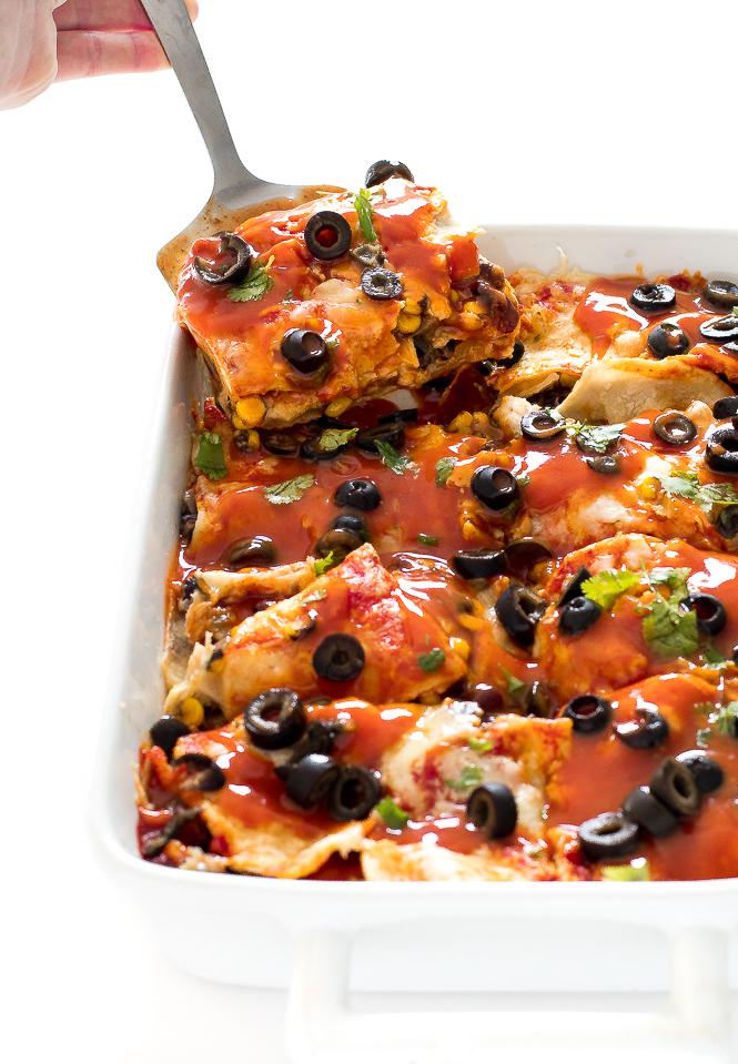 Easy Vegetarian Enchilada Casserole | chefsavvy.com