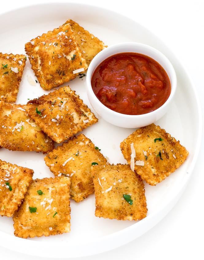 Best Toasted Ravioli | chefsavvy.com