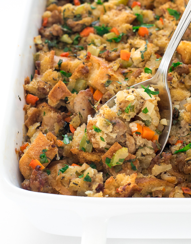Easy Sausage Stuffing | chefsavvy.com