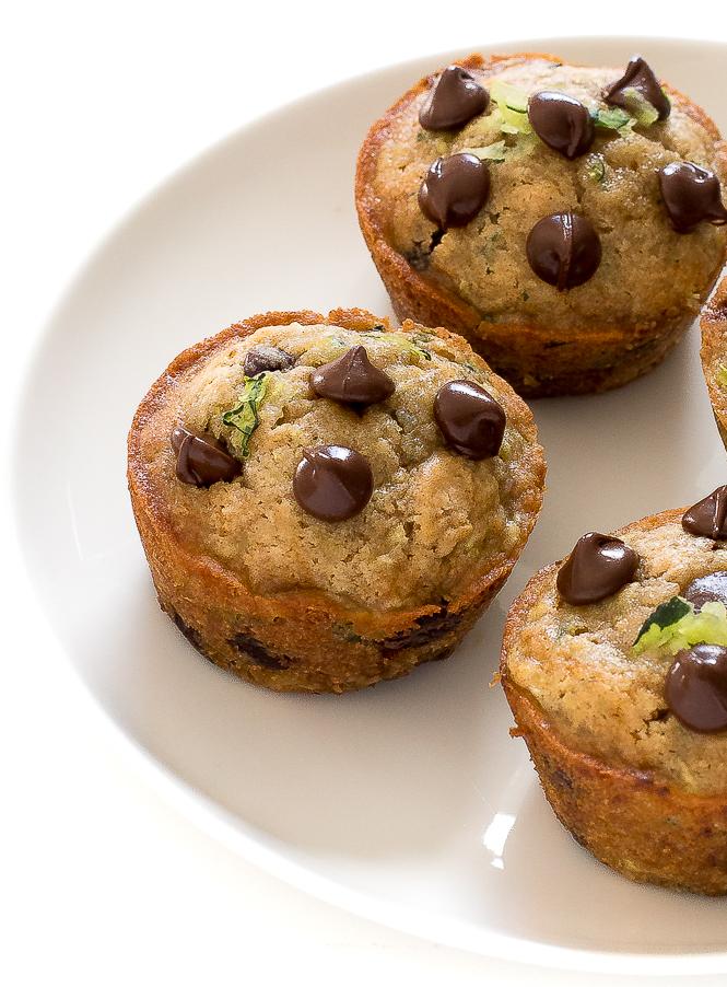 Easy Zucchini Muffins | chefsavvy.com