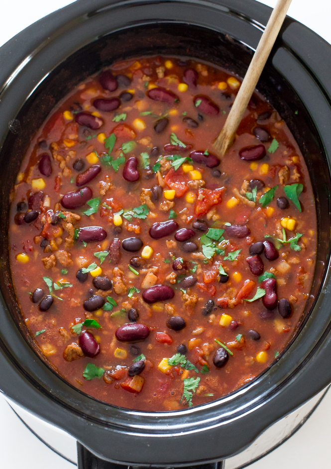 Healthy Turkey Chili | chefsavvy.com