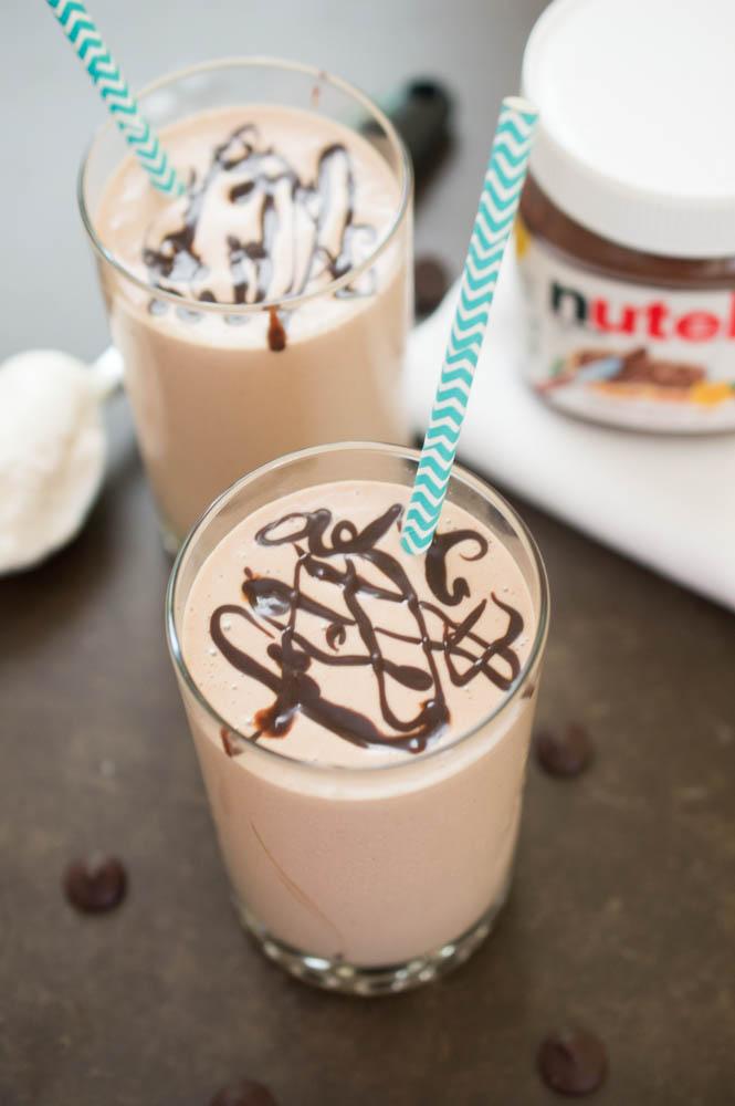 Easy Peanut Butter and Chocolate Milkshake | chefsavvy.com