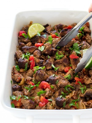 How to make slow cooker Mexican shredded beef