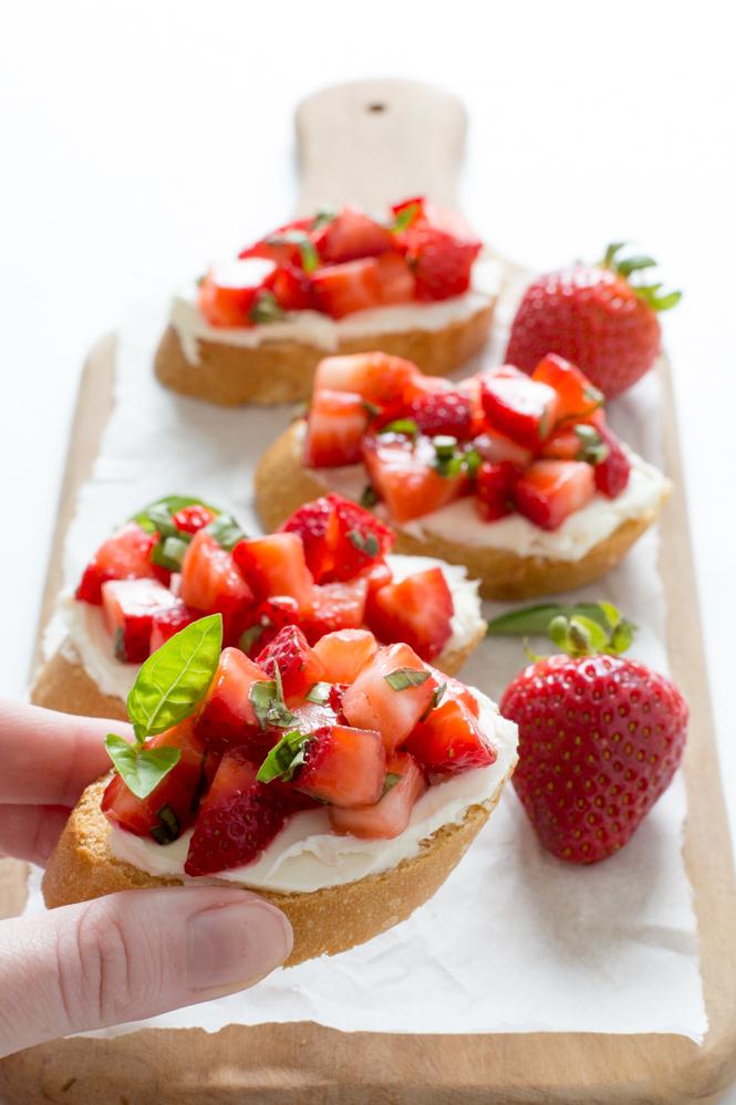 Easy Strawberry Basil Bruschetta