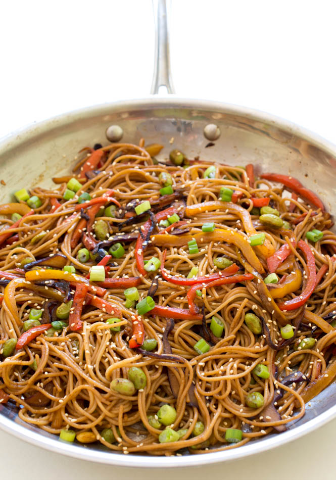 Super-Easy-Rainbow Vegetable Noodle Stir-Fry