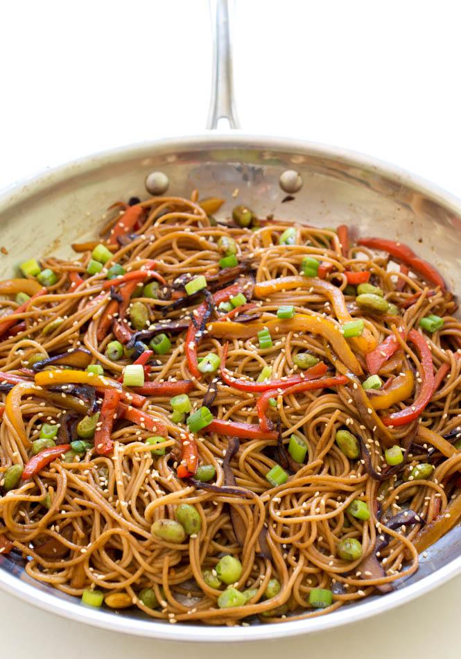 Super-Easy-Rainbow Vegetable Noodle Stir-Fry