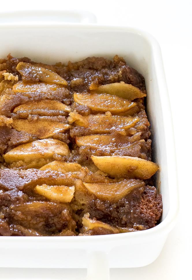 Caramel Apple Upside Down Cake | chefsavvy.com