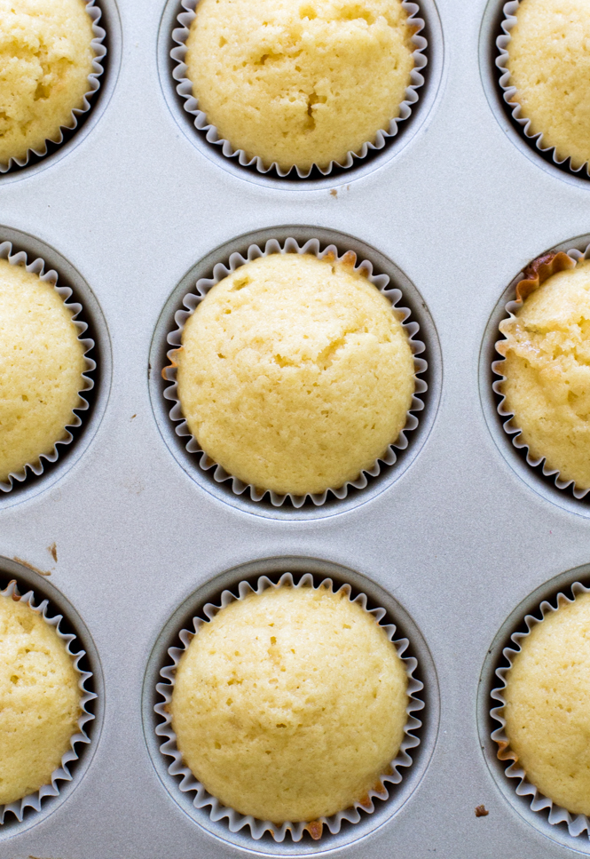 Super Moist Yellow Cupcakes
