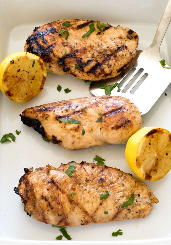 Easy Grilled Chicken | chefsavvy.com