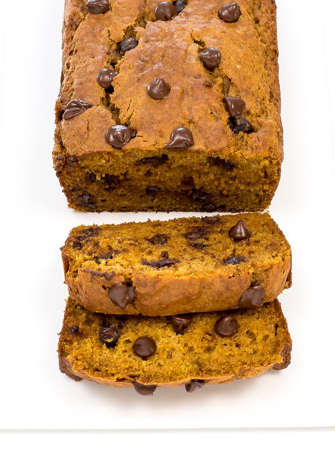 Easy Pumpkin Chocolate Chip Bread   chefsavvy.com
