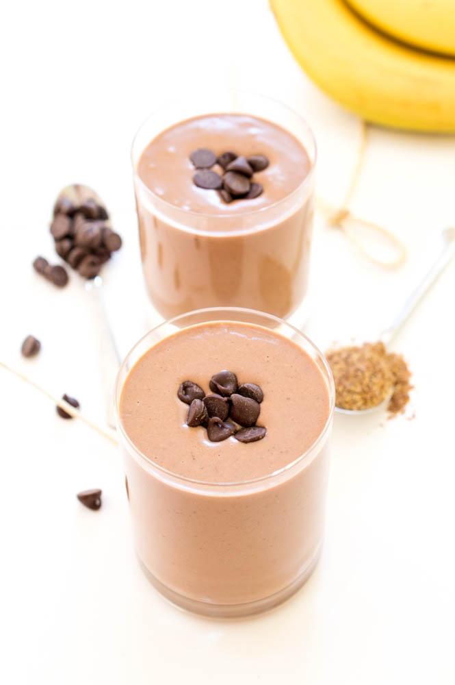 Chocolate Peanut Butter Protein Smoothie   chefsavvy.com #recipe #dessert #chocolate #peanut