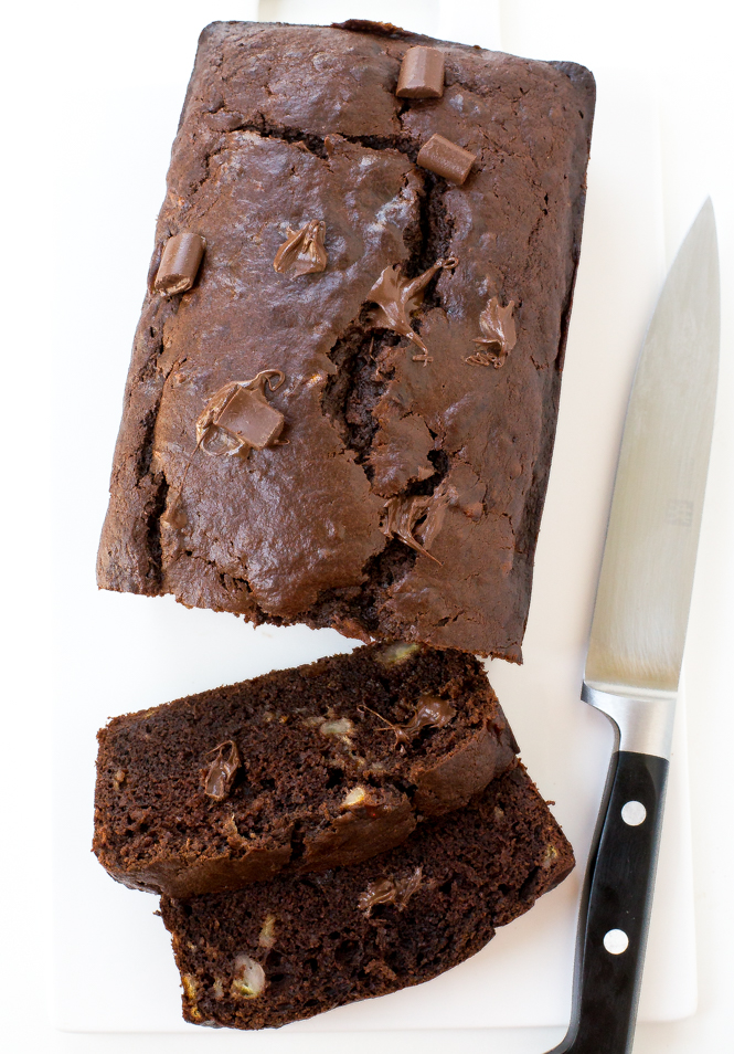 double-chocolate-chunck-banana-bread