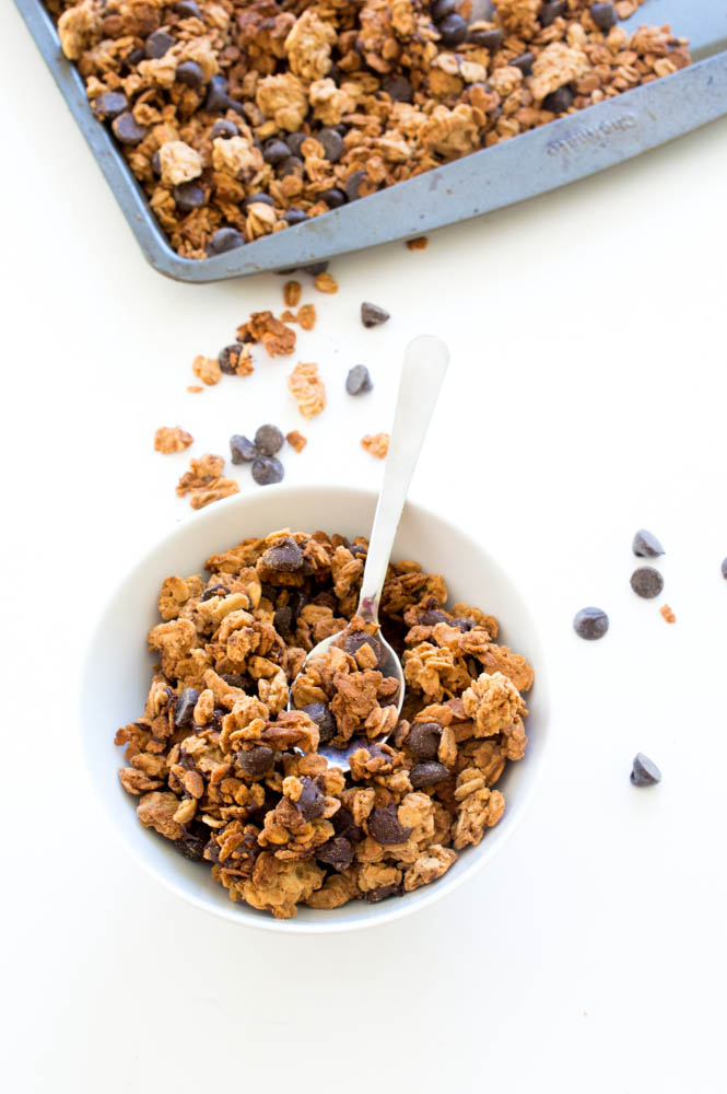 4 Ingredient Peanut Butter Chocolate Chip Granola | chefsavvy.com #recipe #breakfast #healthy #snack #granola #chocolate