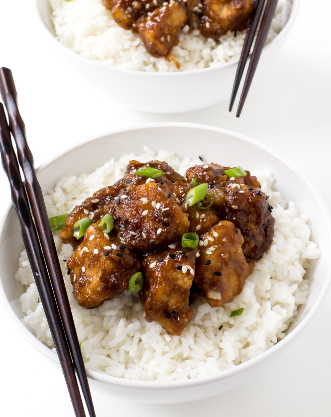 Slow Cooker General Tso Chicken | chefsavvy.com