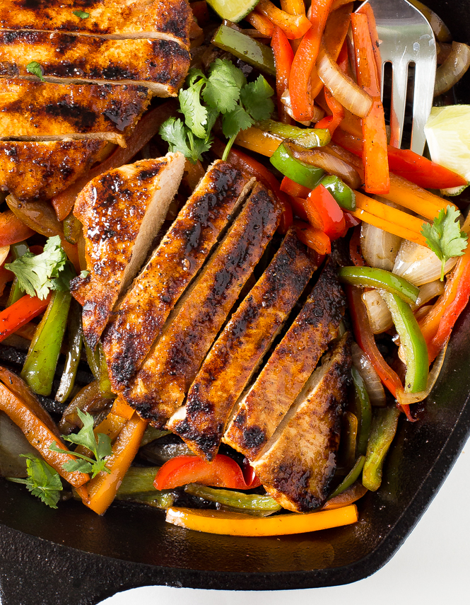 easy-grilled-chicken-fajitas