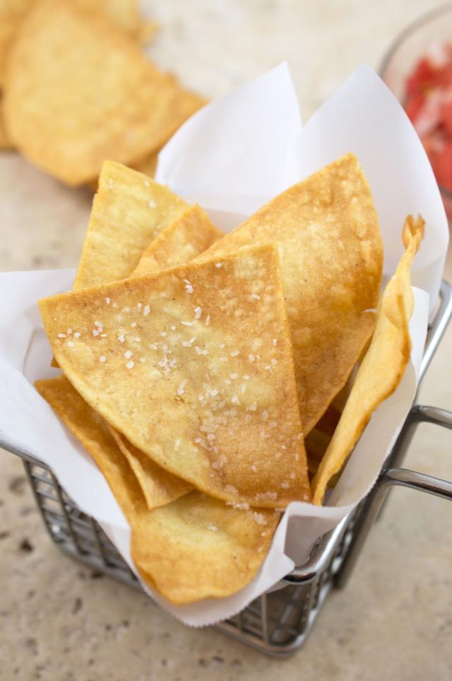Easy Homemade Tortilla Chips | chefsavvy.com