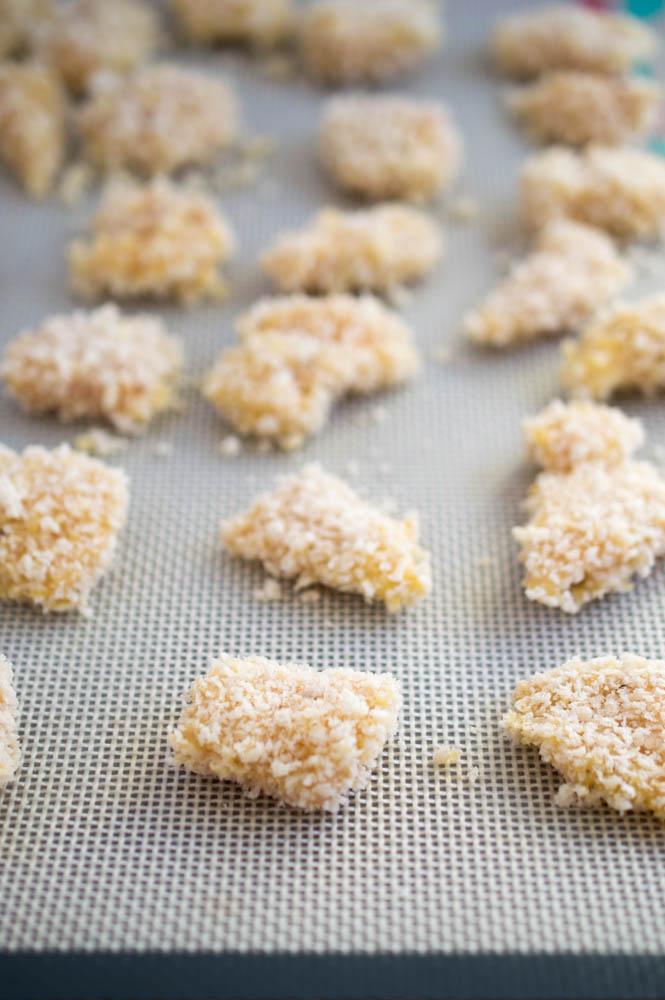 Easy Honey Garlic Sesame Chicken | chefsavvy.com #recipe #chicken #baked #honey