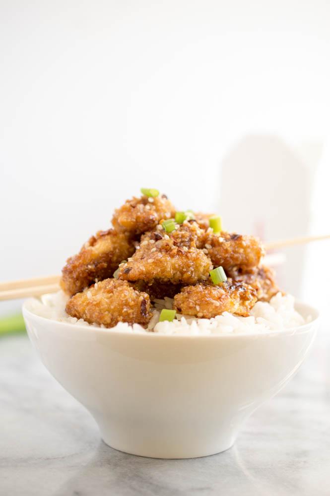Easy Honey Garlic Sesame Chicken | chefsavvy.com #recipe #chicken #Asian #dinner