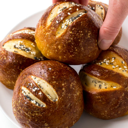 easy-pretzel-rolls