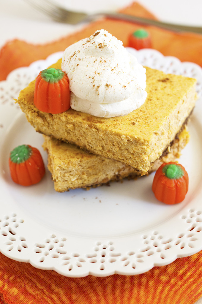 Easy Pumpkin Cheesecake Bars | chefsavvy.com