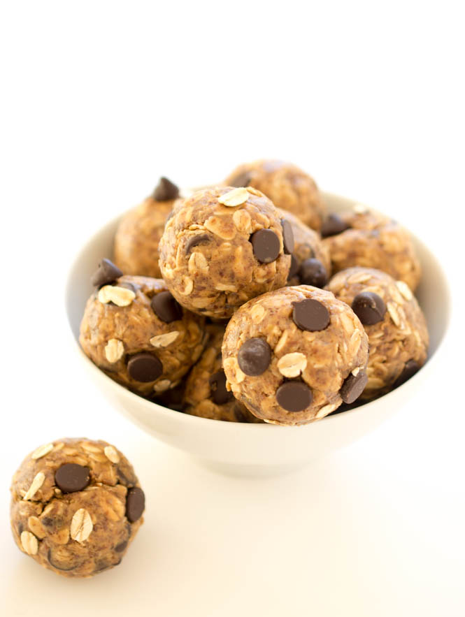 5 Ingredient Peanut Butter Energy Bites Healthy Breakfast Recipe via Chef Savvy