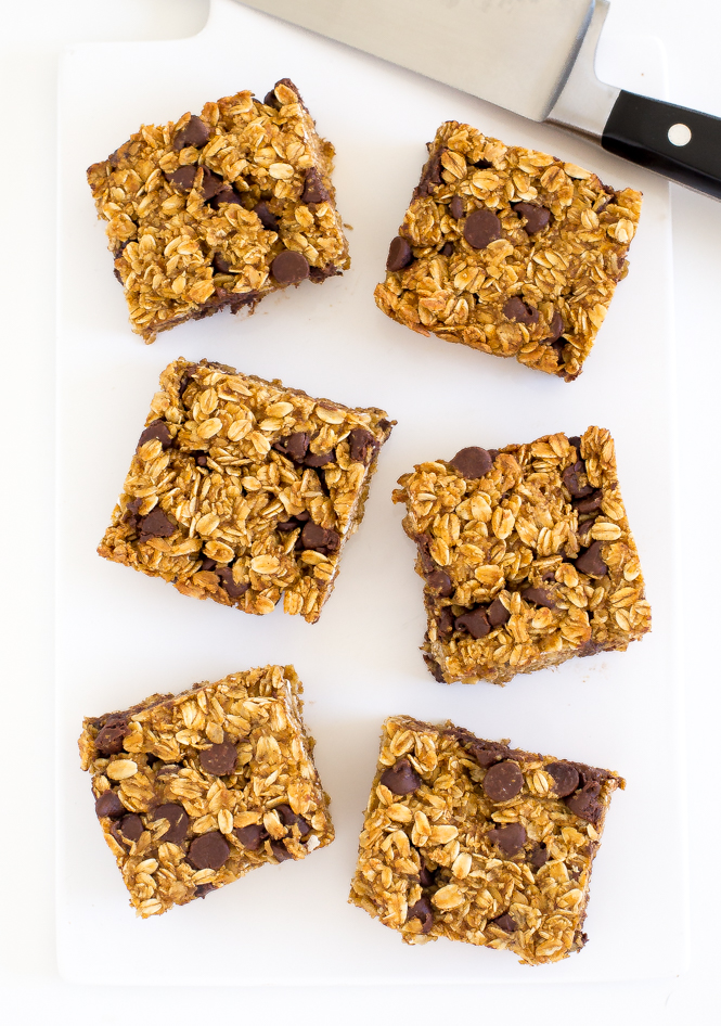 Pumpkin Chocolate Chip Oatmeal Bars | chefsavvy.com