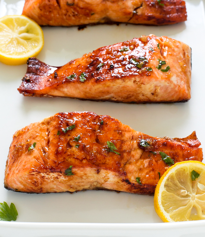 Honey Garlic Salmon | chefsavvy.com