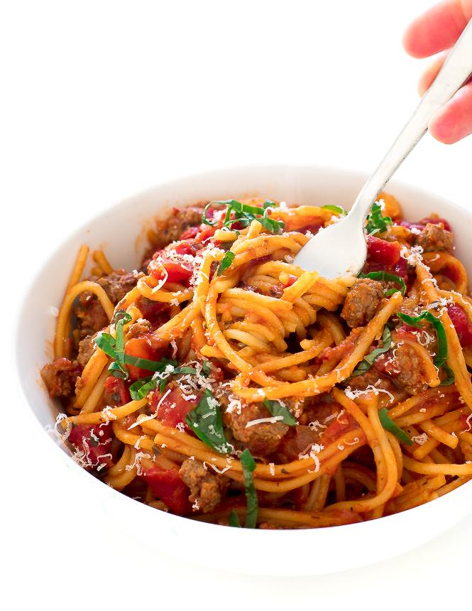 Instant Pot Beef Spaghetti | chefsavvy.com