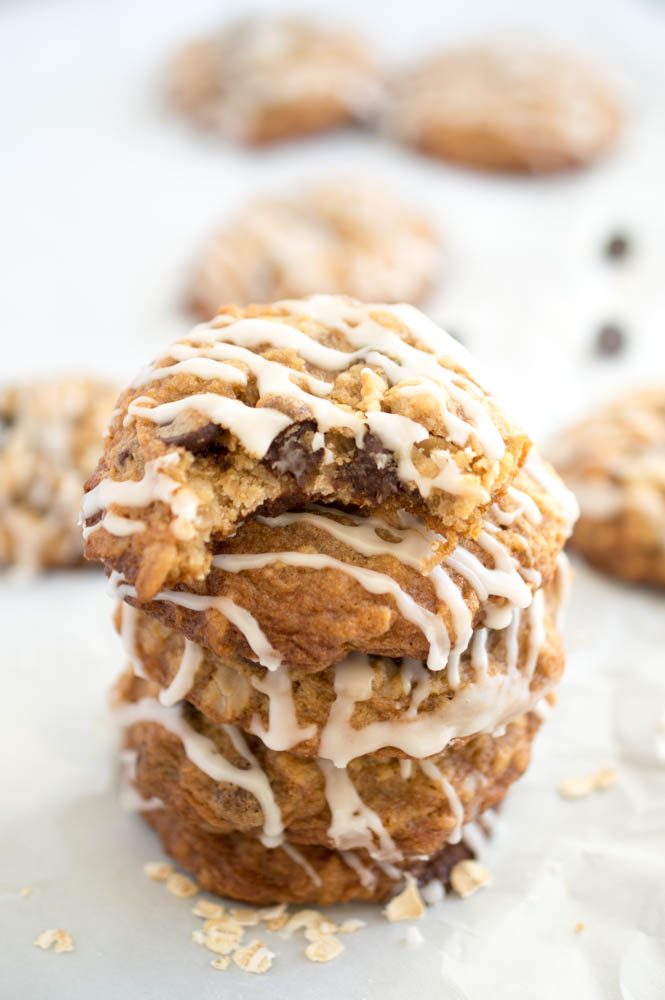 Super Chewy Oatmeal Chocolate Chip Cookies With Vanilla Icing Drizzle   chefsavvy.com #recipe #dessert #cookie #chocolate