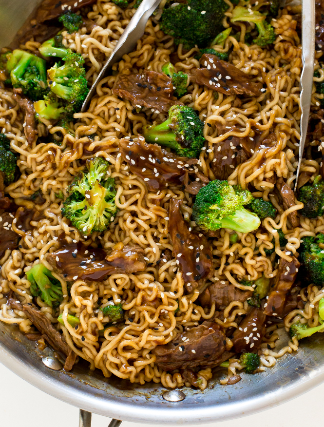 One Skillet Beef and Broccoli Ramen | chefsavvy.com