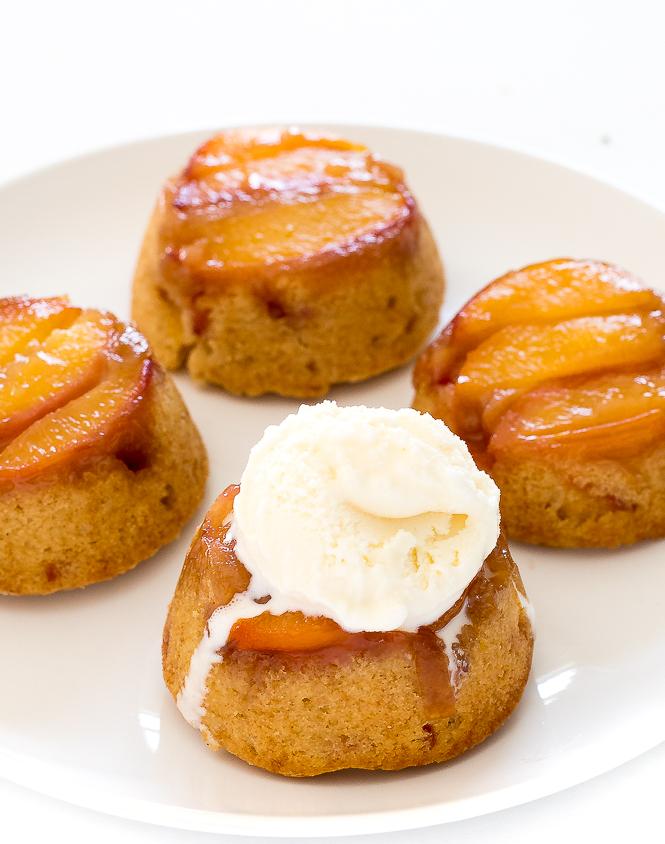 Mini Peach Upside Down Cakes | chefsavvy.com