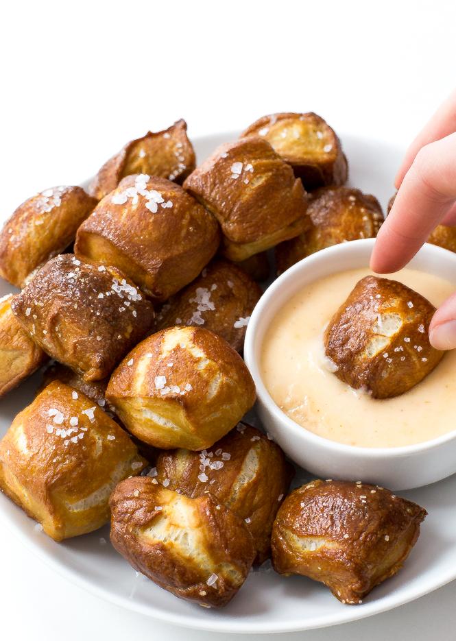 Homemade Pretzel Bites | chefsavvy.com