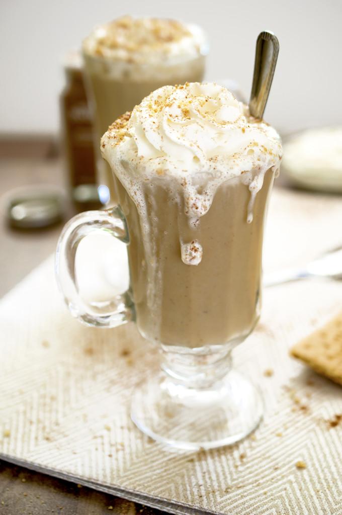 Pumpkin Spice Latte Recipe | chefsavvy.com