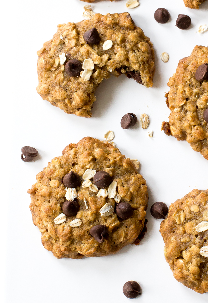 soft-and-chewy-banana-cookies