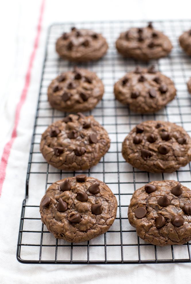 soft-brownie-cookies