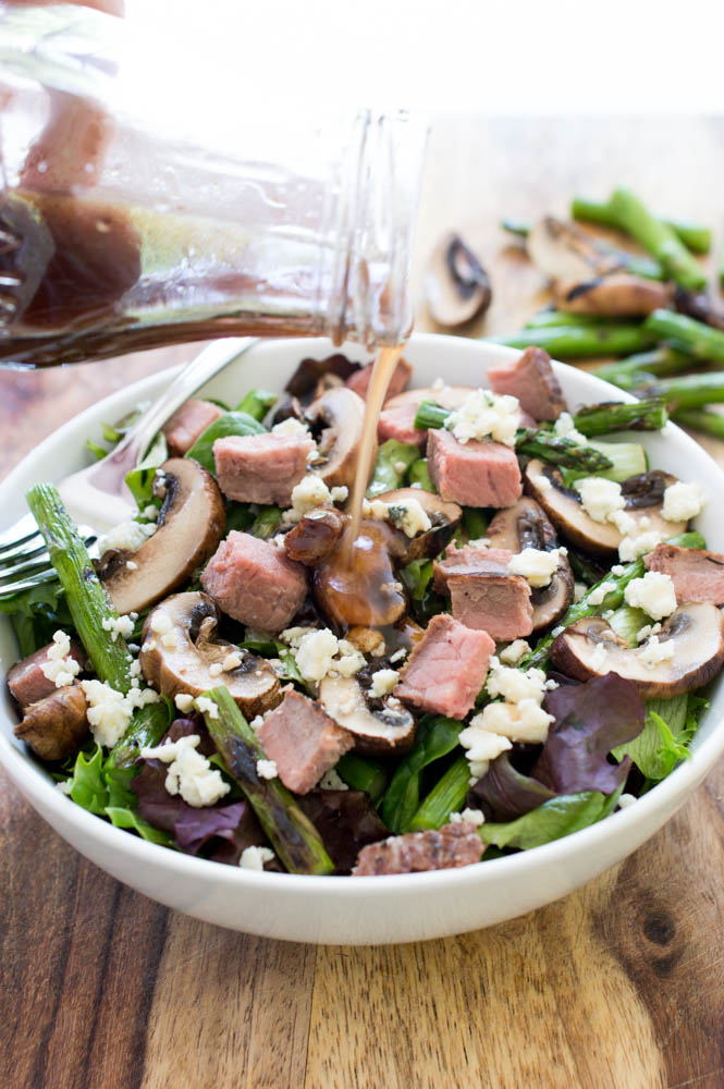 Steak Salad with Grilled Asparagus and Mushrooms | chefsavvy.com #recipe #steak #salad