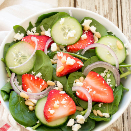 strawberry-spinach-salad-with-creamy-poppyseed-dressing