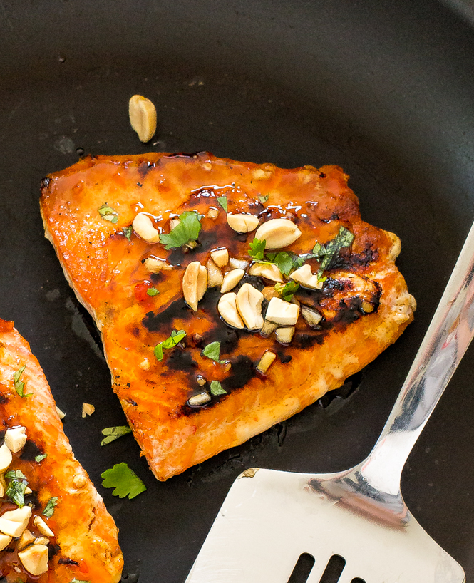 Easy Thai Salmon | chefsavvy.com