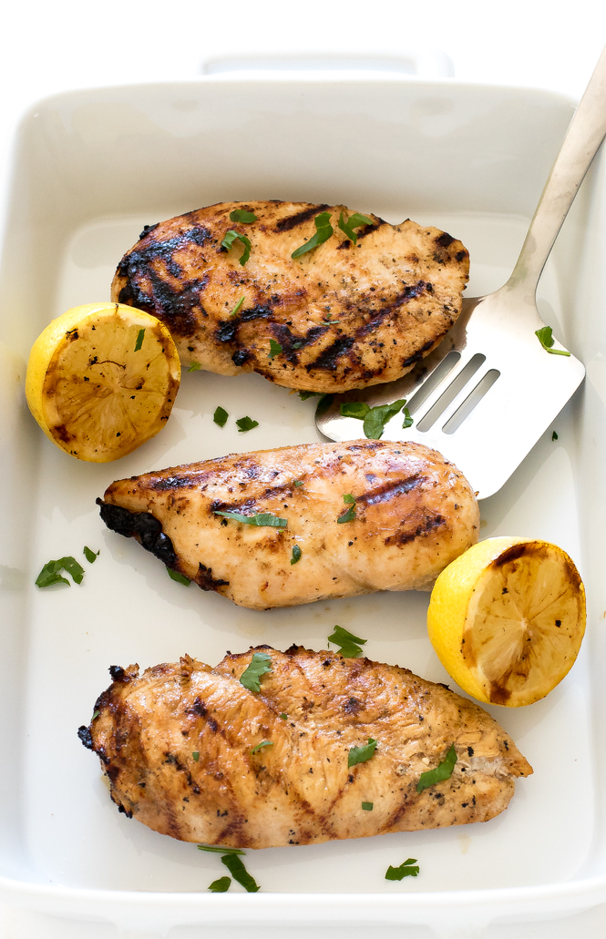 The BEST Grilled Chicken | chefsavvy.com