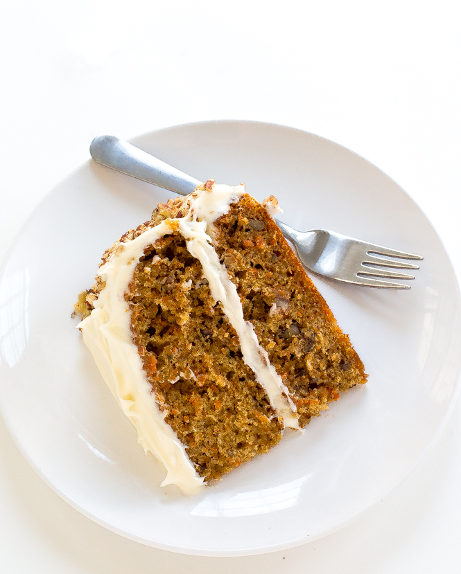 the-best-super-moist-carrot-cake