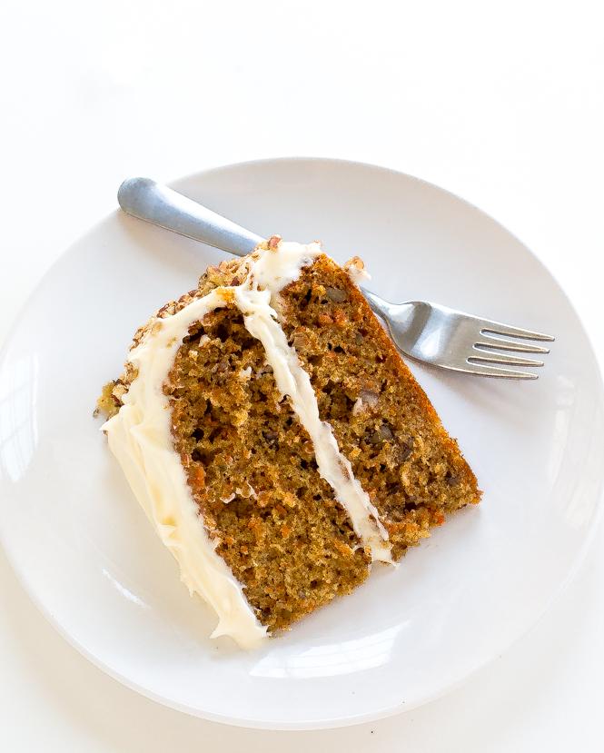the-best-super-moist-carrot-cake