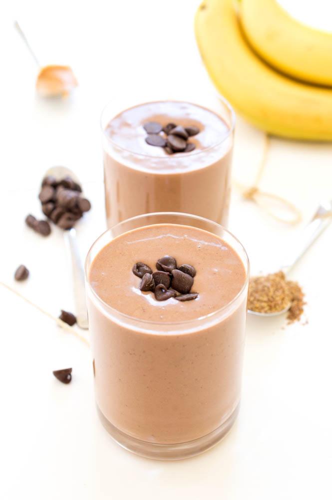 Chocolate Peanut Butter Protein Smoothie   chefsavvy.com #recipe #dessert #chocolate #smoothie #protein