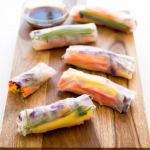 vegan-easy-rainbow-spring-rolls-with-chili-sauce